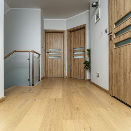 podłoga drewniana dąb krystaliczny