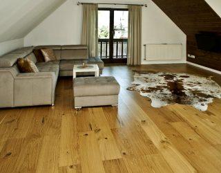 Drewniana podłoga rustykalna