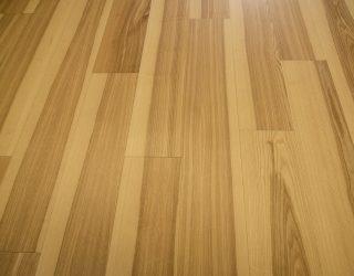 Podłoga drewniana jesion twardzielowy ułożona zdjęcia