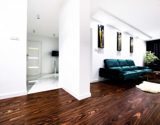 Podłoga Palisander Santos Venifloor (Modyfikowany) realizacja w salonie glamour