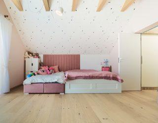 Dąb Pure podłoga Venifloor w sypialni dziecięcej